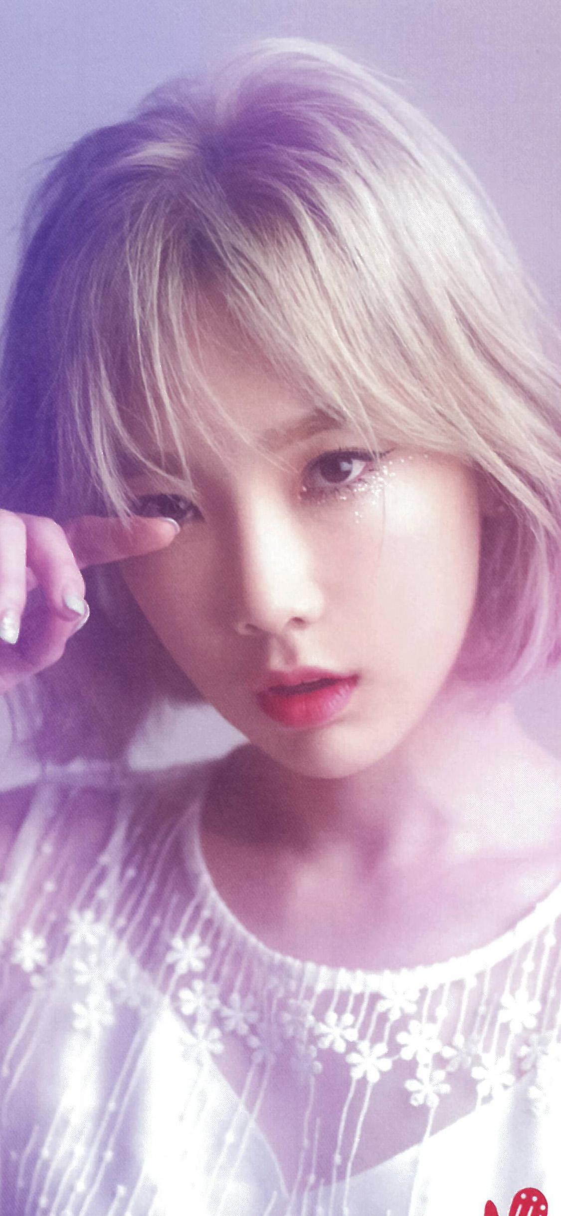 iPhonexpapers.com-Apple-iPhone-wallpaper-hr45-girl-kpop-taeyeon-pink-music-snsd