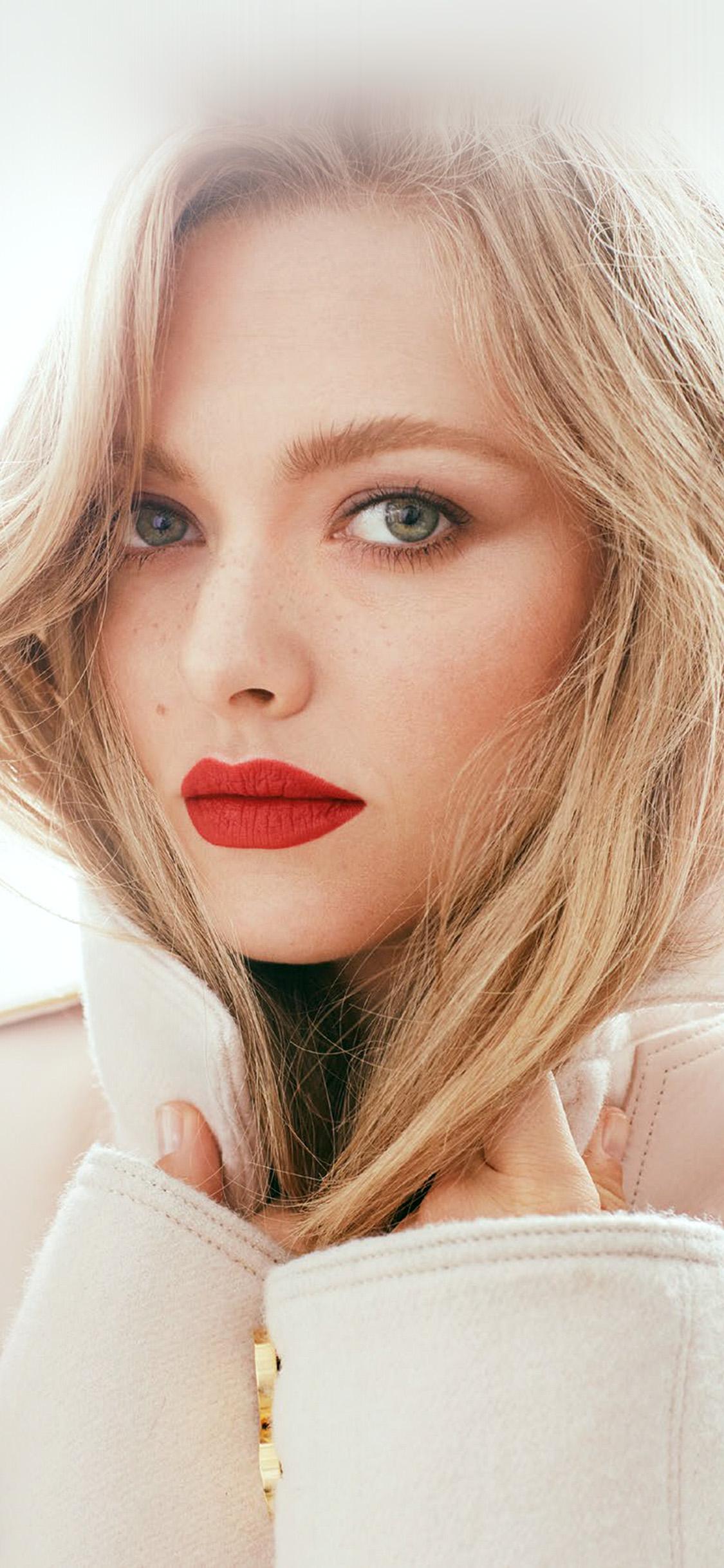 iPhonexpapers.com-Apple-iPhone-wallpaper-hr62-amanda-seyfried-girl-face-film-red-lips