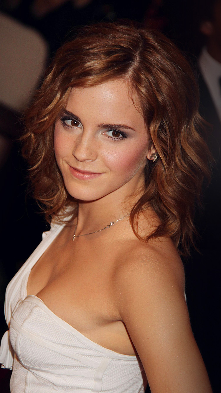 iPhone6papers.co-Apple-iPhone-6-iphone6-plus-wallpaper-hr81-emma-watson-girl-gorgous-film-dress