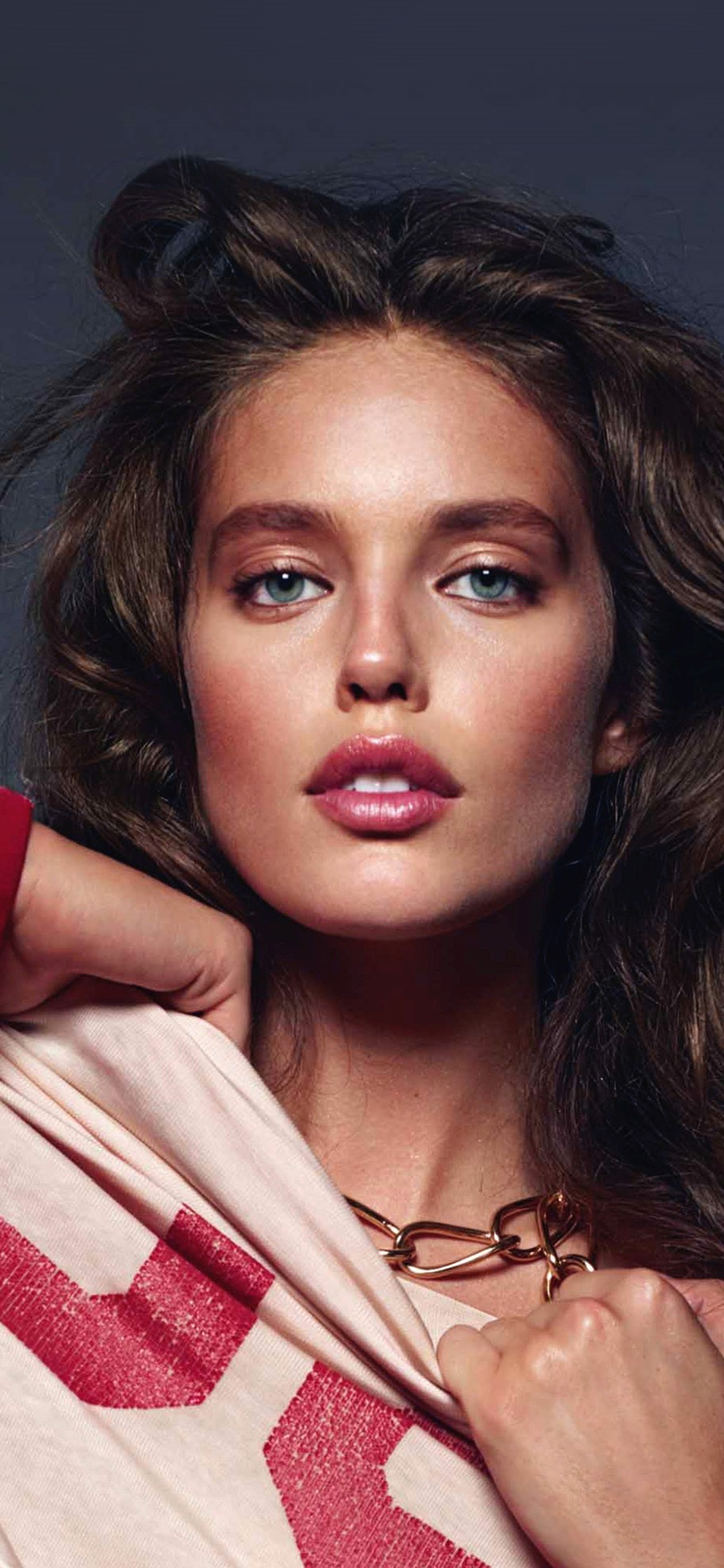 iPhonexpapers.com-Apple-iPhone-wallpaper-hs33-emily-didonato-girl-model-red-beauty