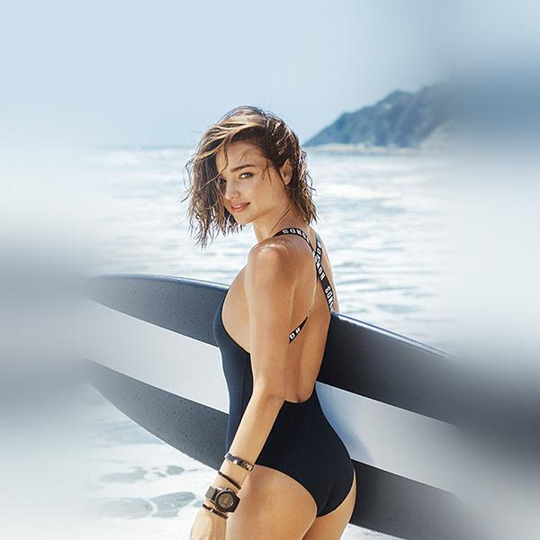 iPapers.co-Apple-iPhone-iPad-Macbook-iMac-wallpaper-hs34-girl-model-miranda-kerr-summer-bikini-beach-sea-wallpaper