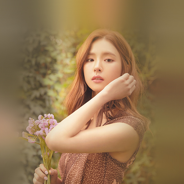 iPapers.co-Apple-iPhone-iPad-Macbook-iMac-wallpaper-hs53-girl-kpop-sekyung-shin-flower-spring-wallpaper