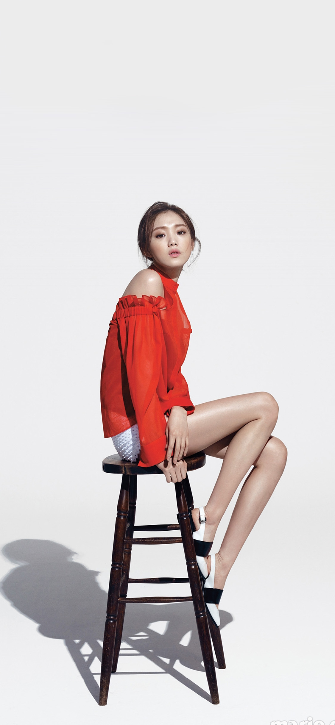iPhonexpapers.com-Apple-iPhone-wallpaper-hs74-girl-sitting-chair-kpop-red-white