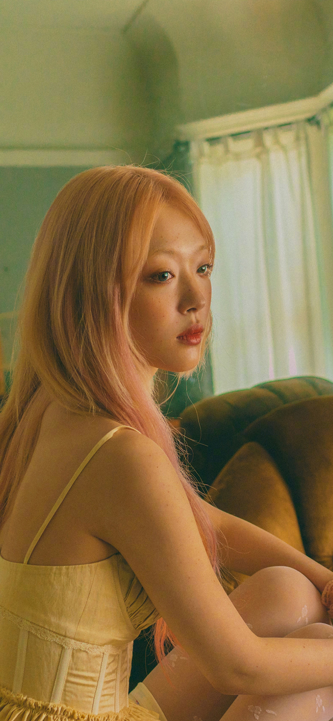 iPhonexpapers.com-Apple-iPhone-wallpaper-ht12-sulli-rip-idol-kpop-girl