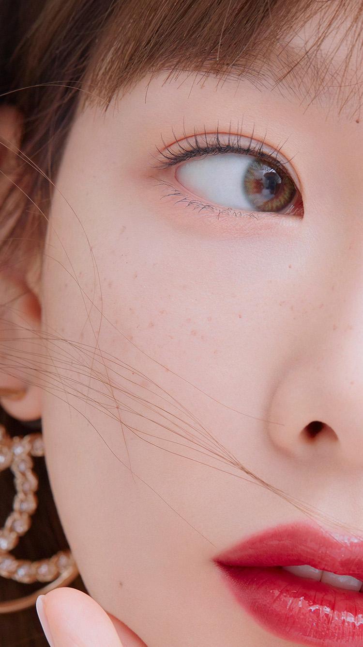 iPhone7papers.com-Apple-iPhone7-iphone7plus-wallpaper-hu07-girl-lips-kpop-taeyeon