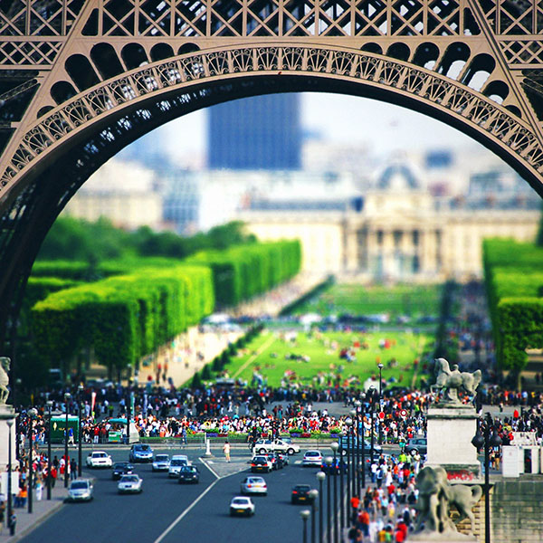 iPapers.co-Apple-iPhone-iPad-Macbook-iMac-wallpaper-ma49-petit-eiffel-city-nature