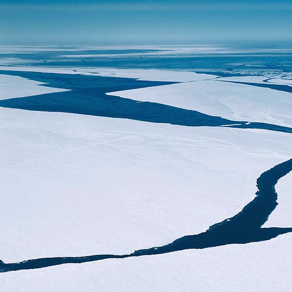 iPapers.co-Apple-iPhone-iPad-Macbook-iMac-wallpaper-ma78-crack-river-sea-nature