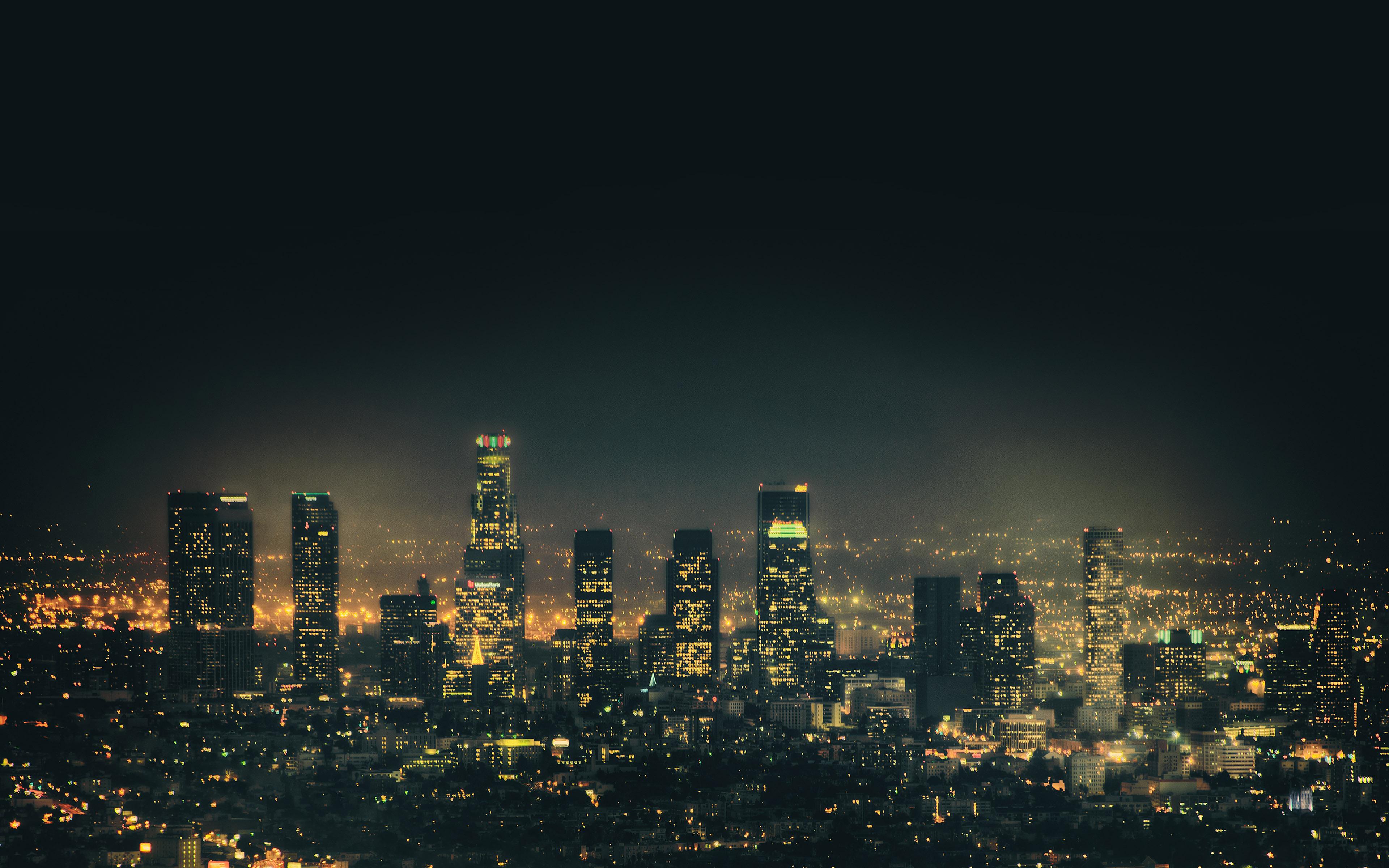 mb46-wallpaper-blade-city-dark-sky