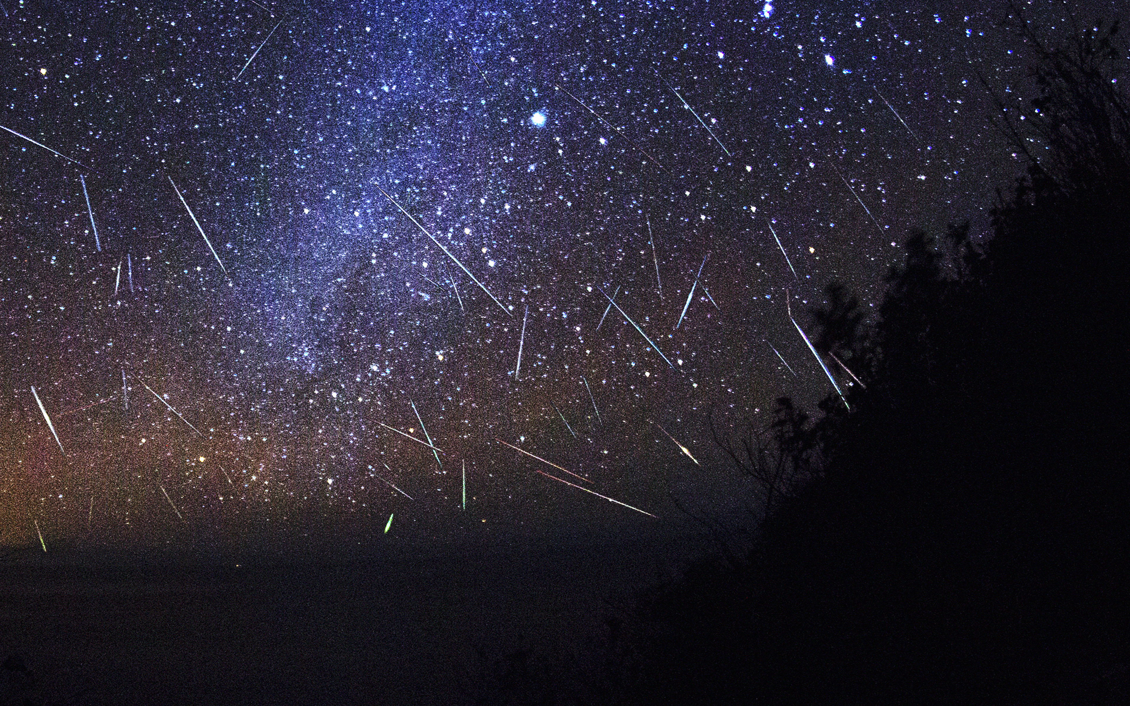 essays about meteors Meteors present a great diversity of character however, by considering their constituent particles or the physical processes surrounding their occurrence, meteors can be classified into four groups: hydrometeors, lithometeors, photometeors and electrometeors.