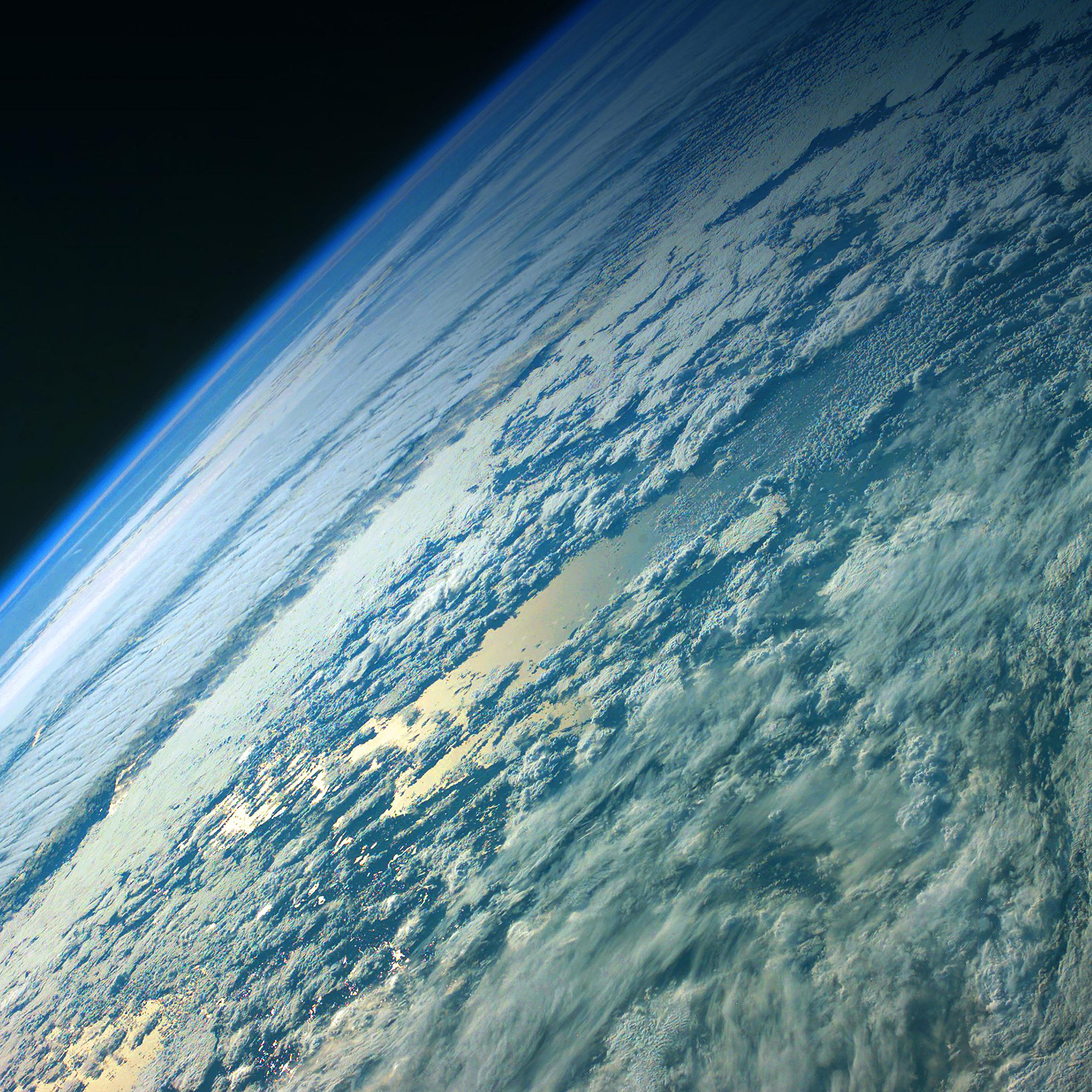 Google Earth Wallpaper: Mc03-wallpaper-green-earth-space
