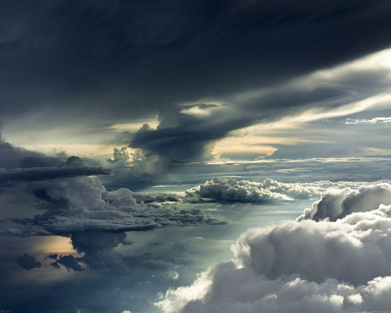 mc83-wallpaper-between-storm-clouds-sky-wallpaper