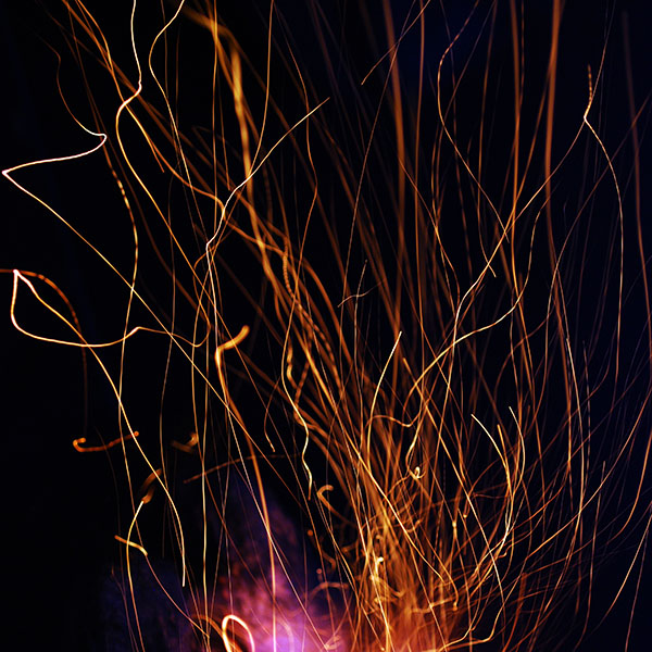 iPapers.co-Apple-iPhone-iPad-Macbook-iMac-wallpaper-md00-wallpaper-fire-light-dark-nature