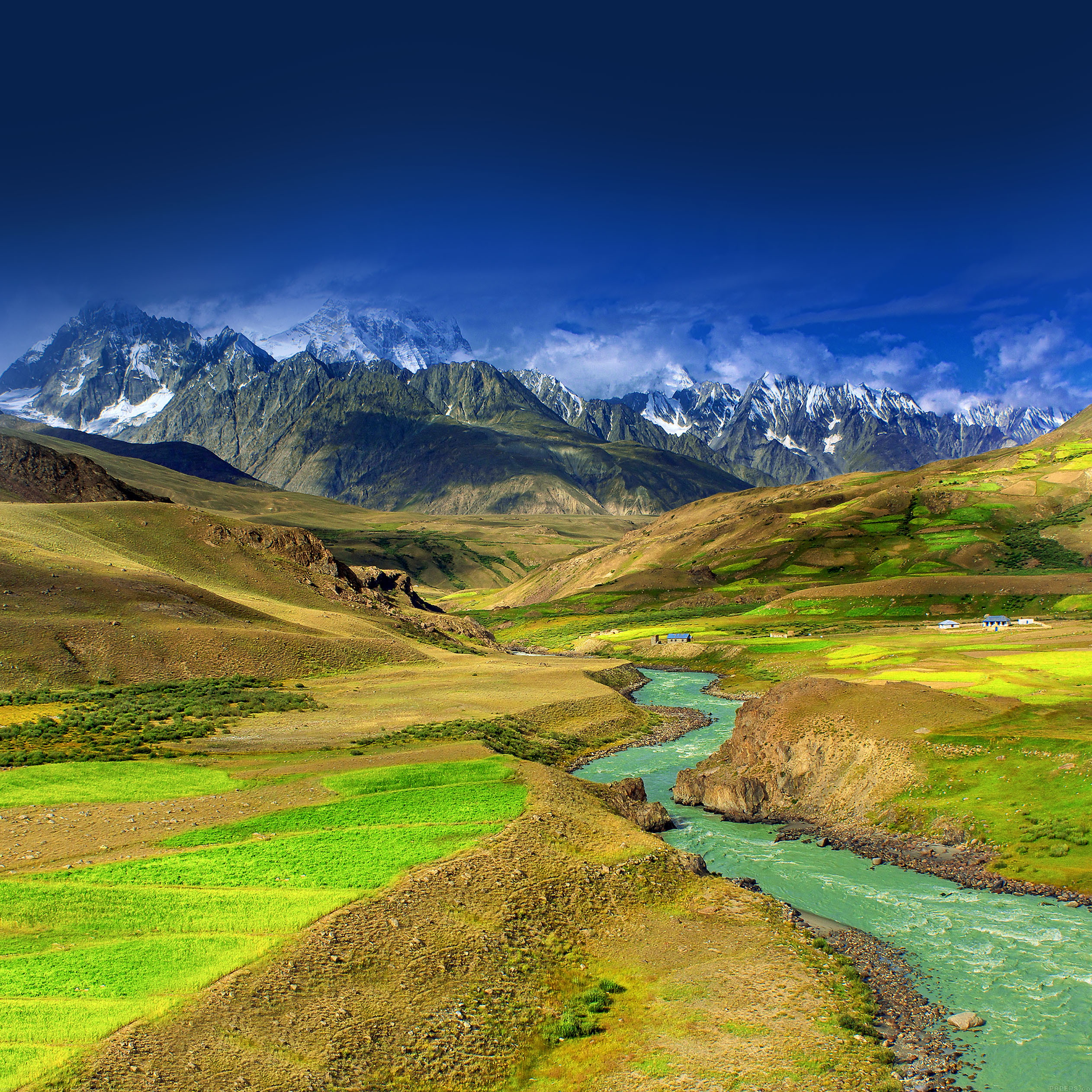 Md23-wallpaper-nature-mountain-green-river