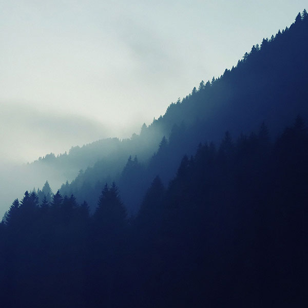 iPapers.co-Apple-iPhone-iPad-Macbook-iMac-wallpaper-md69-eale-mountain-blue