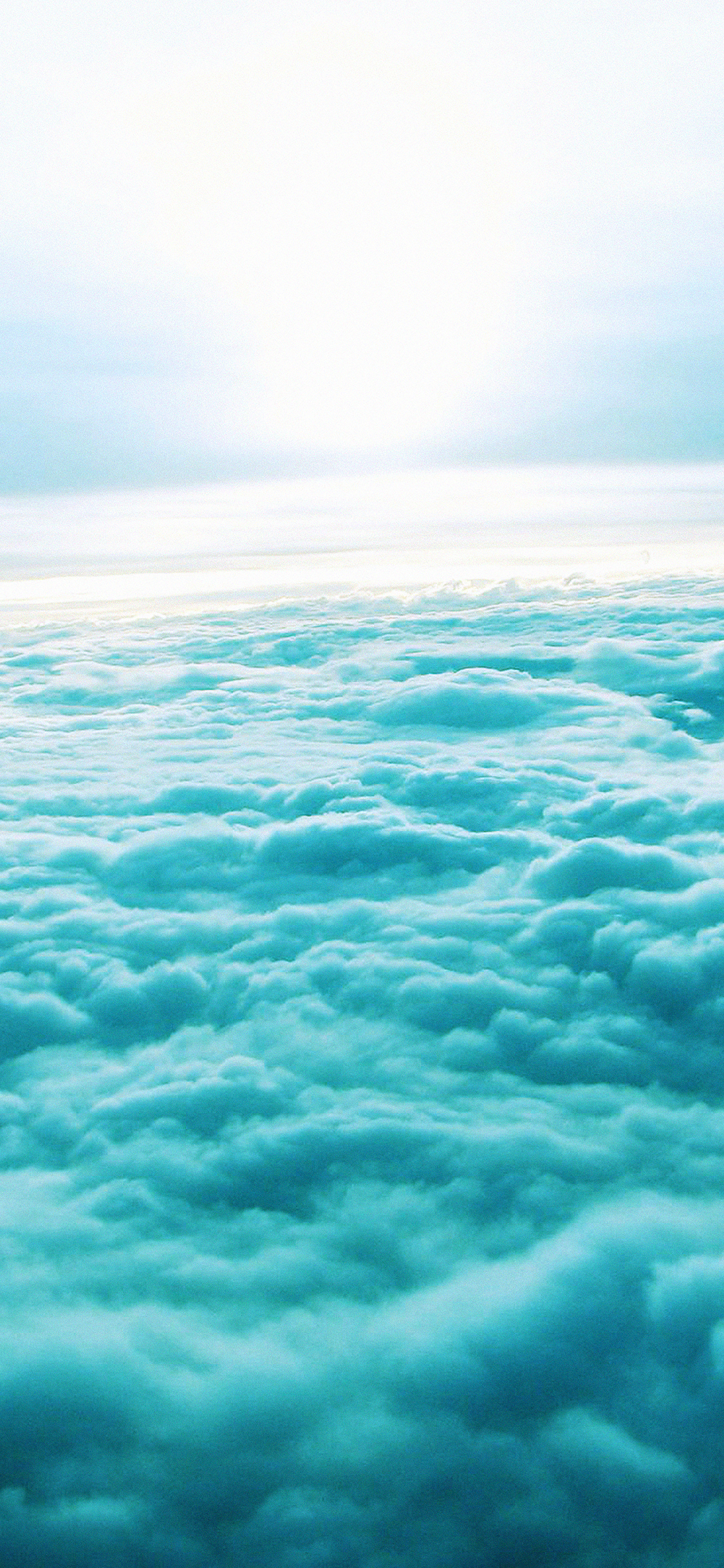 iPhoneXpapers.com-Apple-iPhone-wallpaper-md92-fly-through-the-clouds-sky-blur