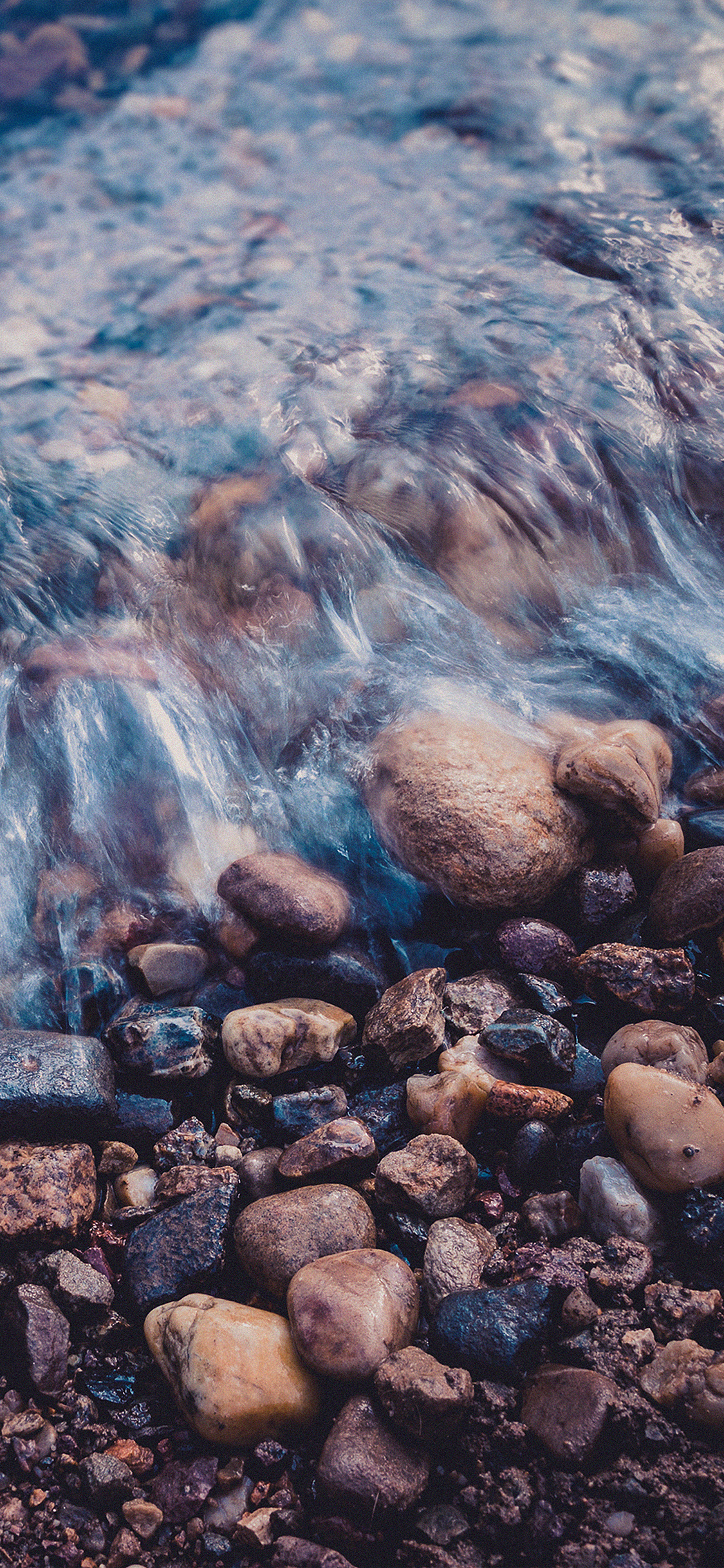 iPhoneXpapers.com-Apple-iPhone-wallpaper-me00-stone-blue-washed-river
