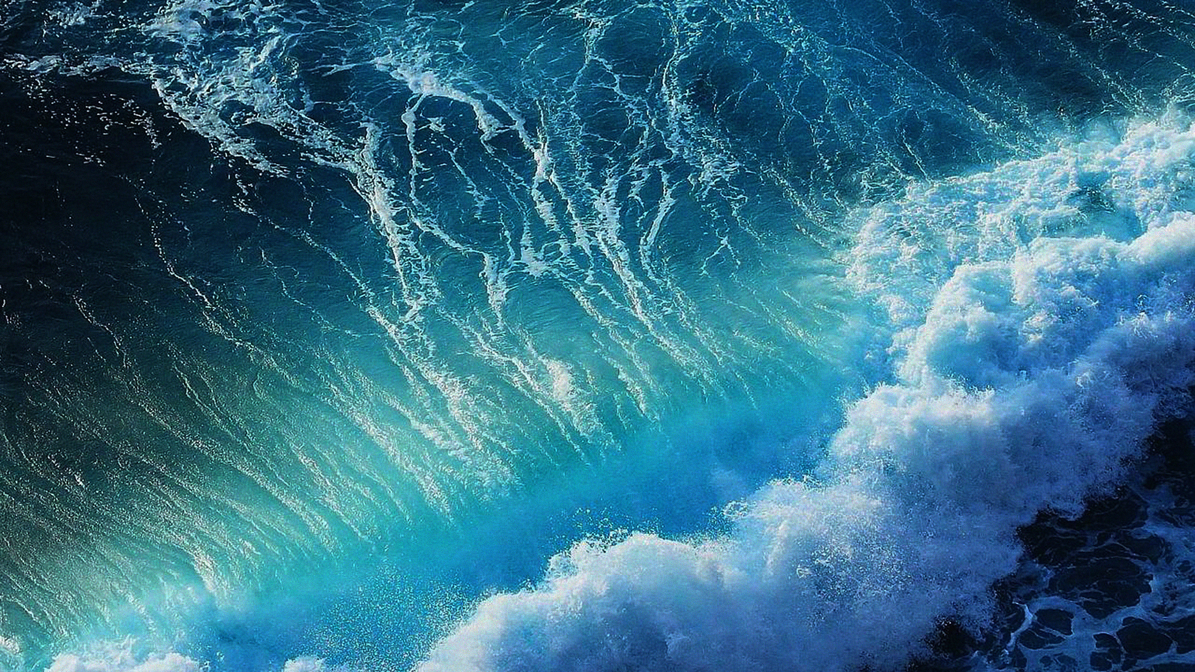 me18-wave-california-ocean