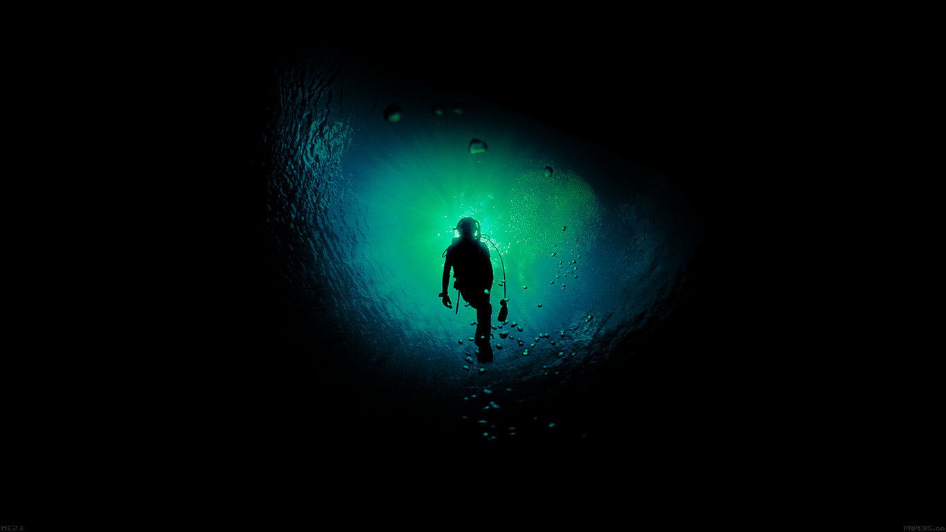 iPapers.co-Apple-iPhone-iPad-Macbook-iMac-wallpaper-me23-deep-blue-dark-ocean-dive-wallpaper
