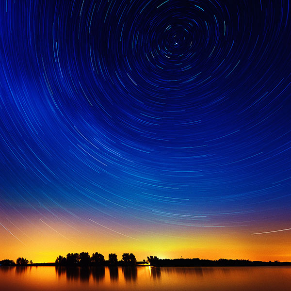 iPapers.co-Apple-iPhone-iPad-Macbook-iMac-wallpaper-me29-star-gazing-night-on-red-lake