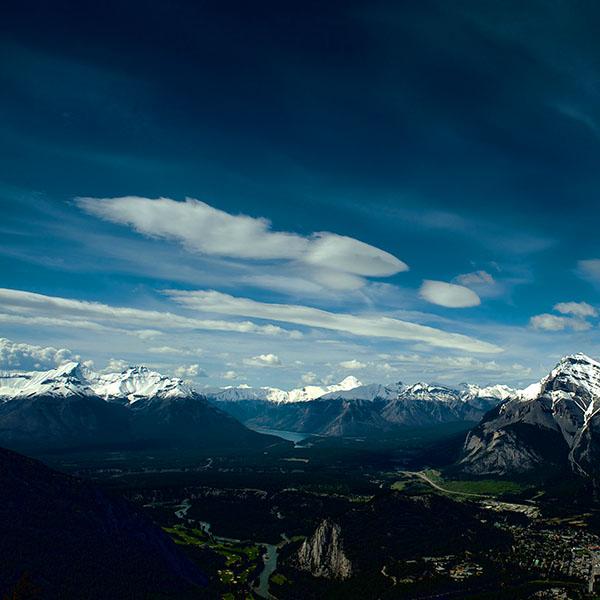 iPapers.co-Apple-iPhone-iPad-Macbook-iMac-wallpaper-me66-canada-mountain-sky-snow-high-nature