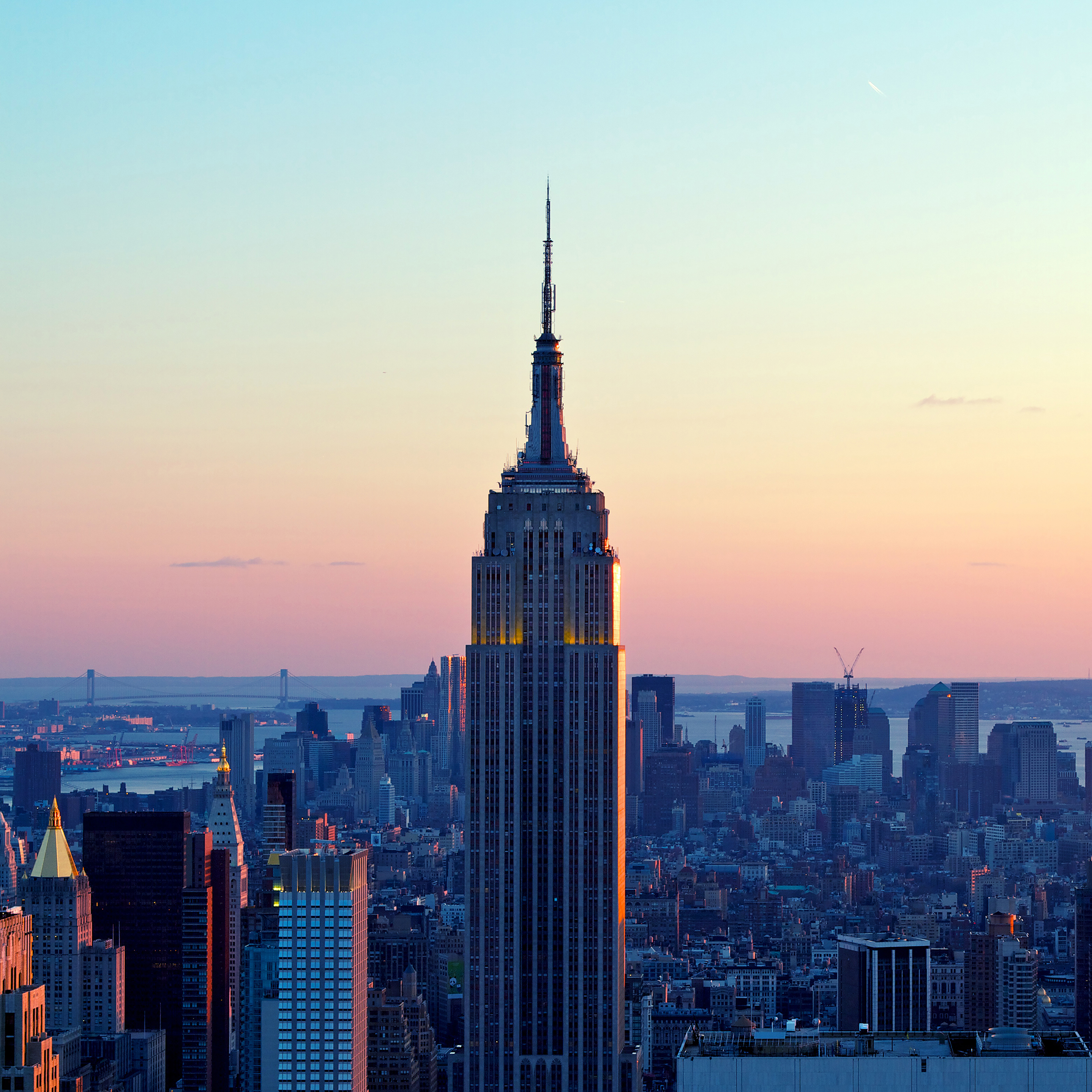 Me72 Dusk Red New York Skyline City Wallpaper