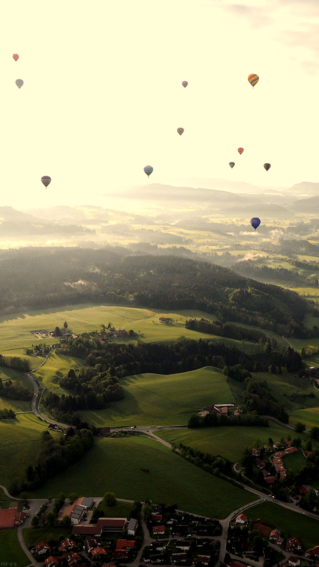 freeios8.com-iphone-4-5-6-ipad-ios8-mf49-balloon-party-green-mountain-nature