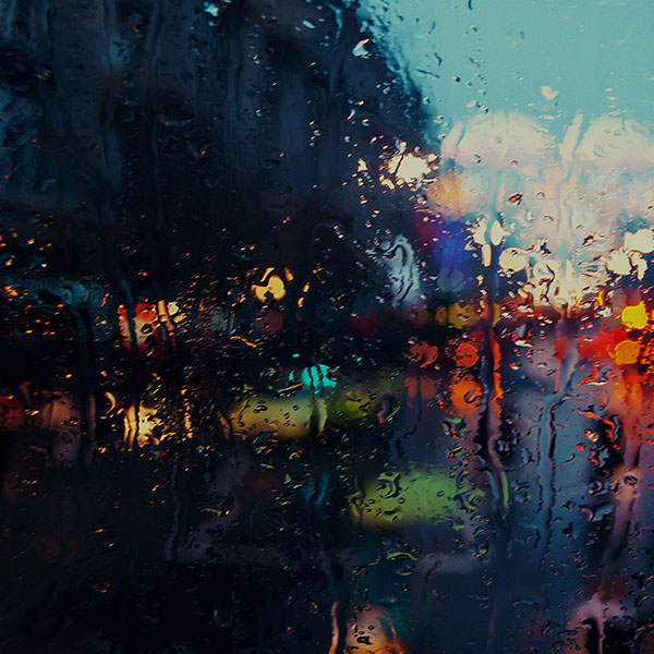 iPapers.co-Apple-iPhone-iPad-Macbook-iMac-wallpaper-mf69-raining-back-car-window-gloomy-dark-street-wallpaper