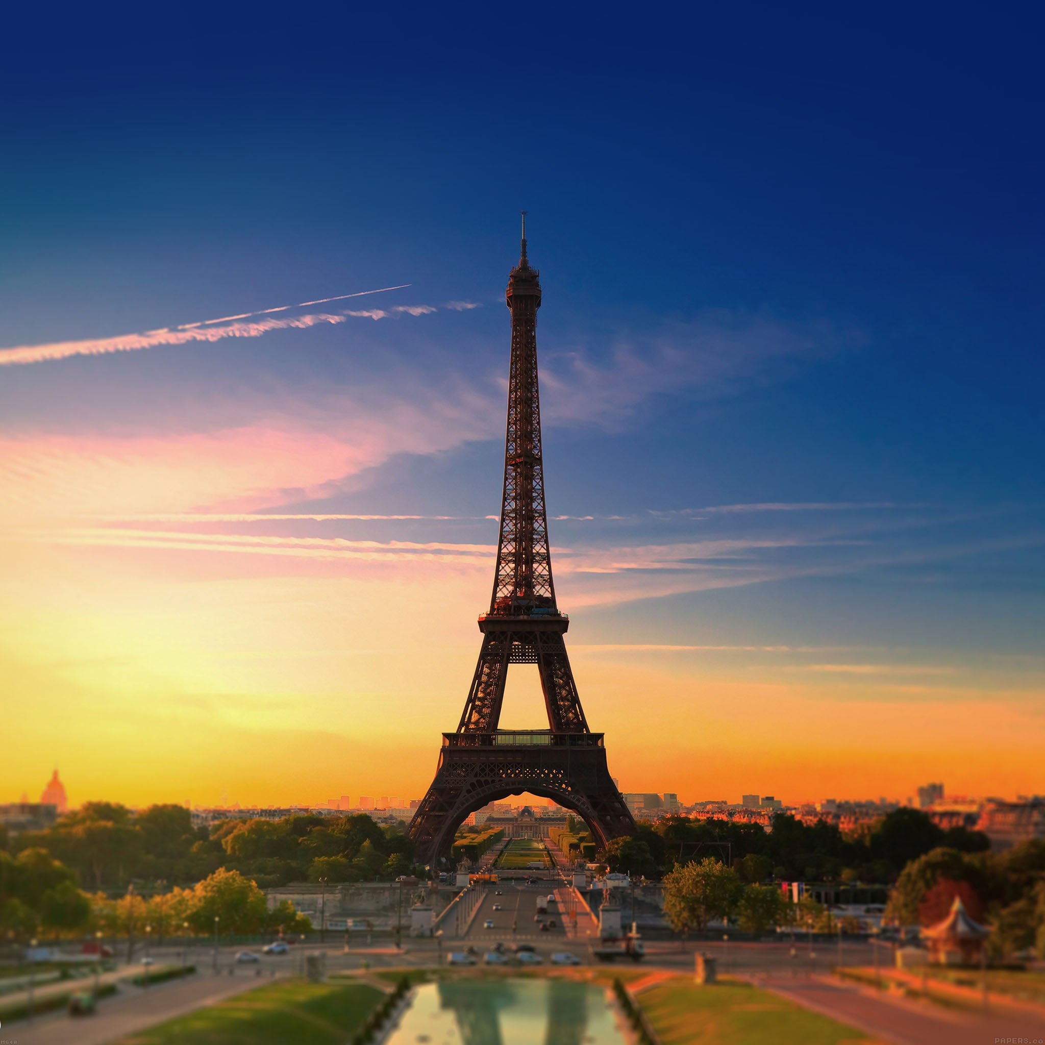 freeios7 mg40 city of love paris eiffel tower france parallax hd iphone ipad wallpaper. Black Bedroom Furniture Sets. Home Design Ideas