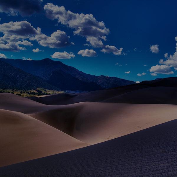 iPapers.co-Apple-iPhone-iPad-Macbook-iMac-wallpaper-mg80-line-in-sand-desert-dark-mountain-nature-wallpaper