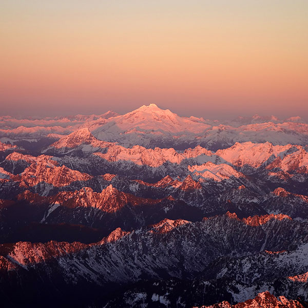 iPapers.co-Apple-iPhone-iPad-Macbook-iMac-wallpaper-mg83-mountain-snow-in-sunset-shadow-nature