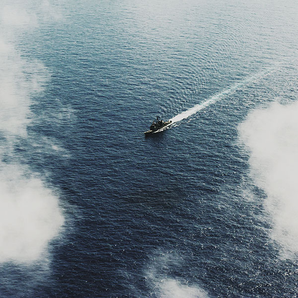 iPapers.co-Apple-iPhone-iPad-Macbook-iMac-wallpaper-mh28-ocean-ship-sea-sunny-day-pacific-nature-military-army-wallpaper