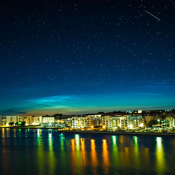 iPapers.co-Apple-iPhone-iPad-Macbook-iMac-wallpaper-mh33-aalborg-night-scene-from-sea-cityscape-wallpaper