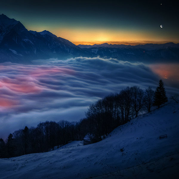 iPapers.co-Apple-iPhone-iPad-Macbook-iMac-wallpaper-mh63-smoky-foggy-mountain-sunrise-from-sky-nature-wallpaper