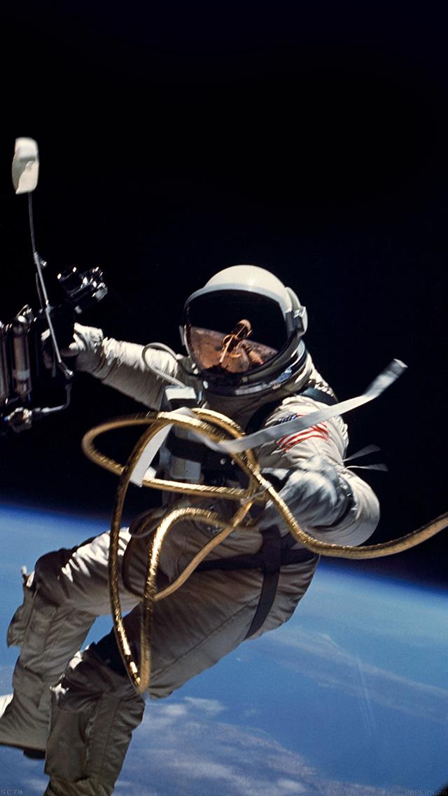 astronaut space iphone wallpaper - photo #15