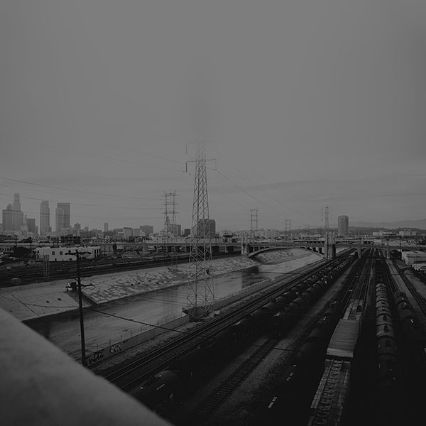 iPapers.co-Apple-iPhone-iPad-Macbook-iMac-wallpaper-mi01-los-angeles-railroad-station-city-black-wallpaper