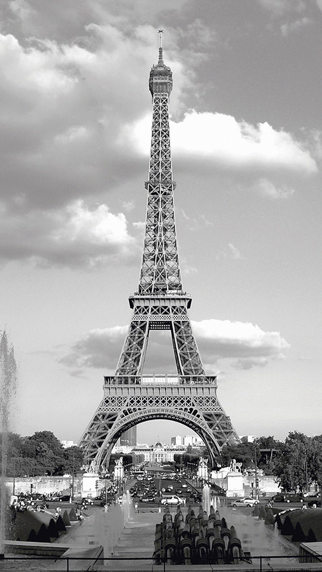 eiffel tower essay in french