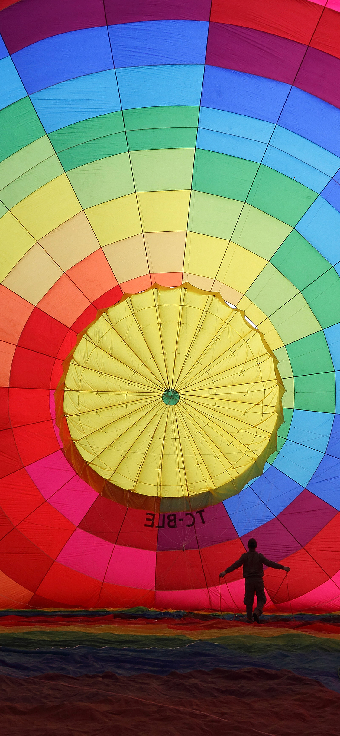 iPhoneXpapers.com-Apple-iPhone-wallpaper-mj97-hot-air-balloon-rainbow-color-nature