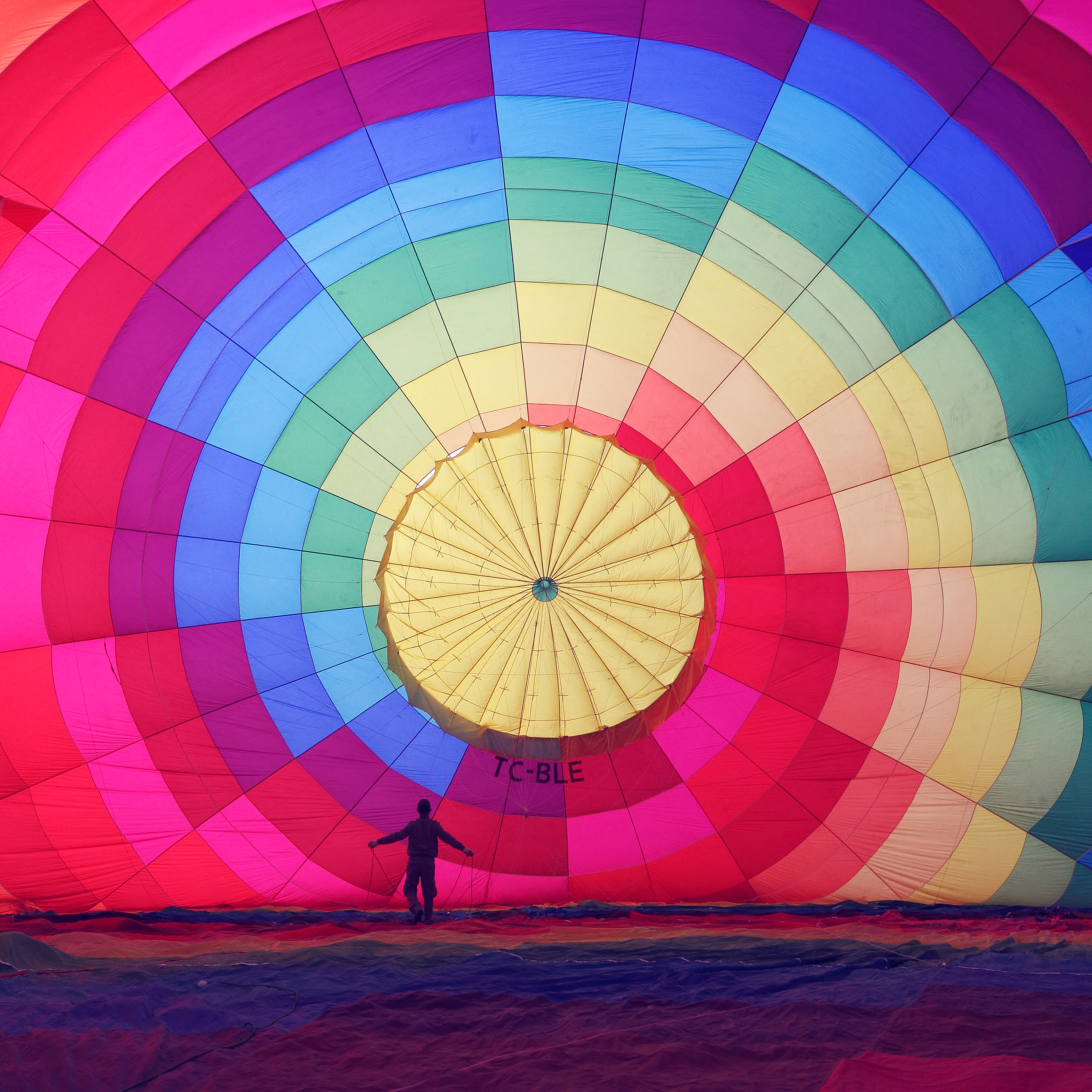 Ipapers Co Mj98 Hot Air Balloon Rainbow Nature