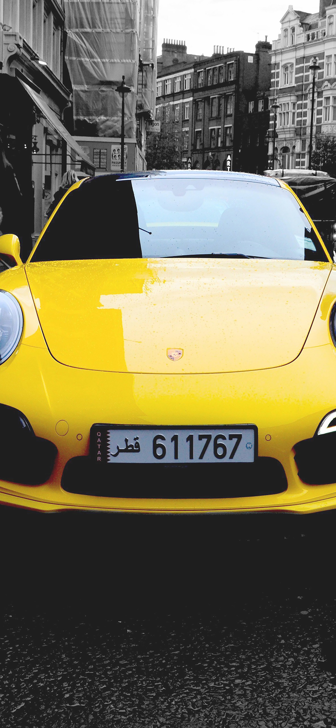 iPhoneXpapers.com-Apple-iPhone-wallpaper-mk71-porche-street-car-city-bw-yellow