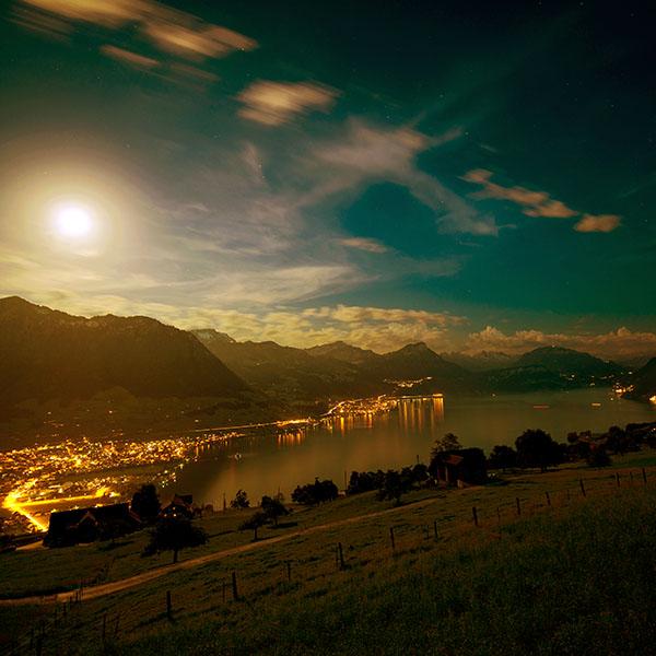 iPapers.co-Apple-iPhone-iPad-Macbook-iMac-wallpaper-mk91-lake-mountain-city-village-night-light-nature-wallpaper