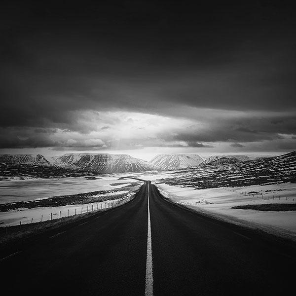 iPapers.co-Apple-iPhone-iPad-Macbook-iMac-wallpaper-ml49-road-to-heaven-snow-mountain-bw-dark-nature-winter-wallpaper