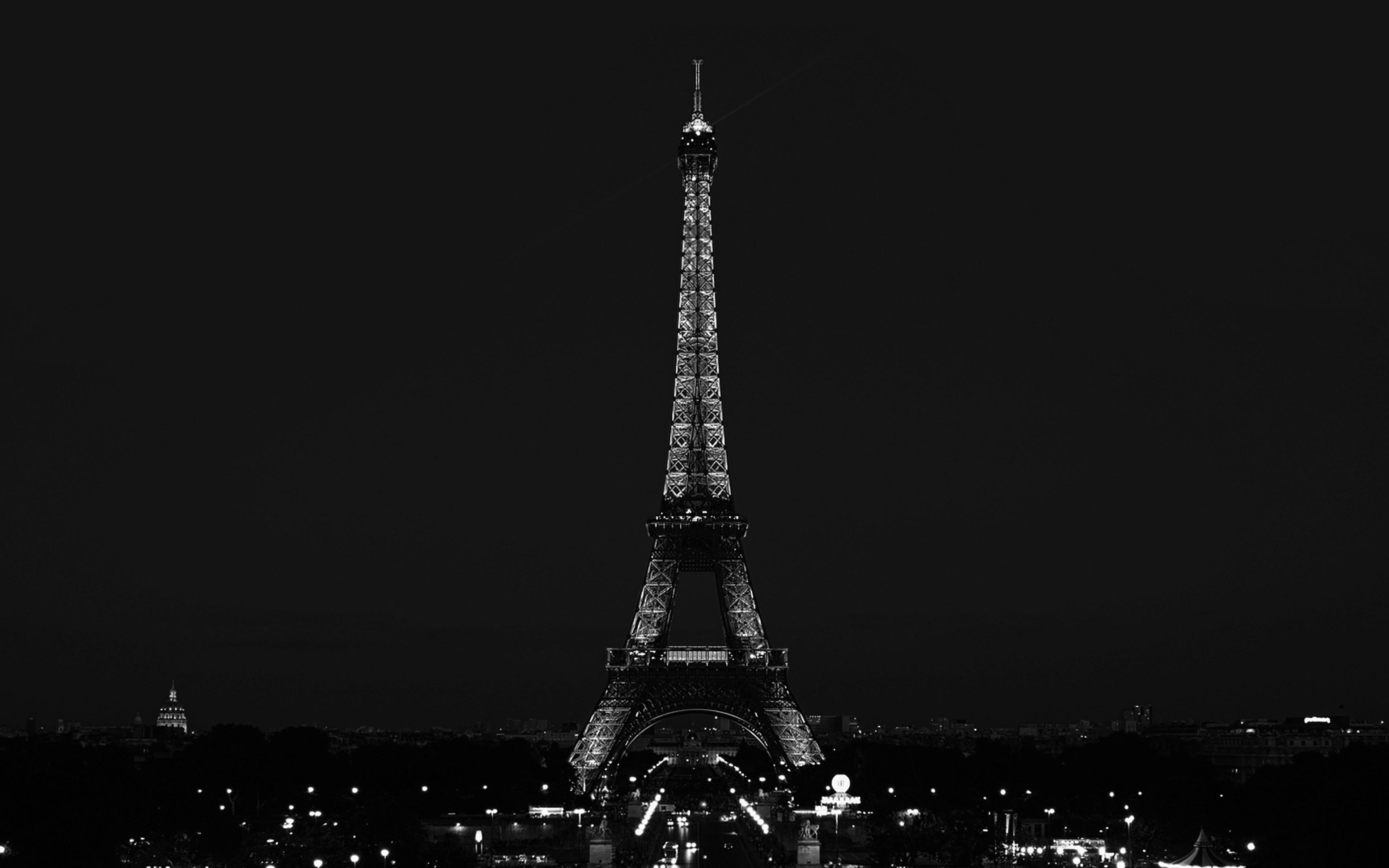 essay eiffel tower paris