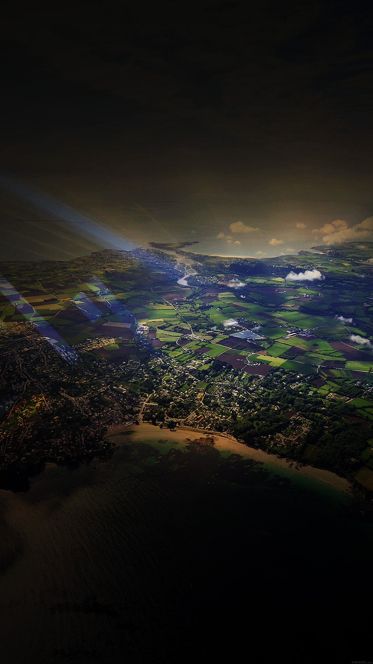 mm05-flight-sunny-day-sky-dark-bokeh-high-mountains-nature ...