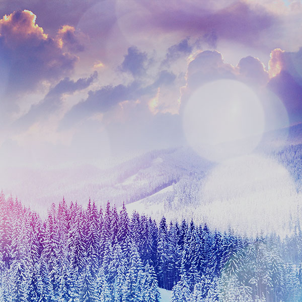 iPapers.co-Apple-iPhone-iPad-Macbook-iMac-wallpaper-mo02-winter-mountain-snow-white-blue-flare-nature-wallpaper