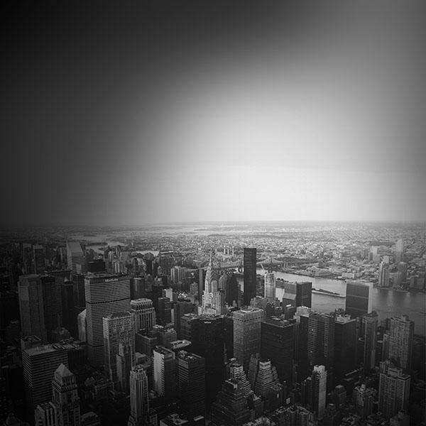 iPapers.co-Apple-iPhone-iPad-Macbook-iMac-wallpaper-mo47-jonas-nillson-newyork-dark-city-sky-wallpaper