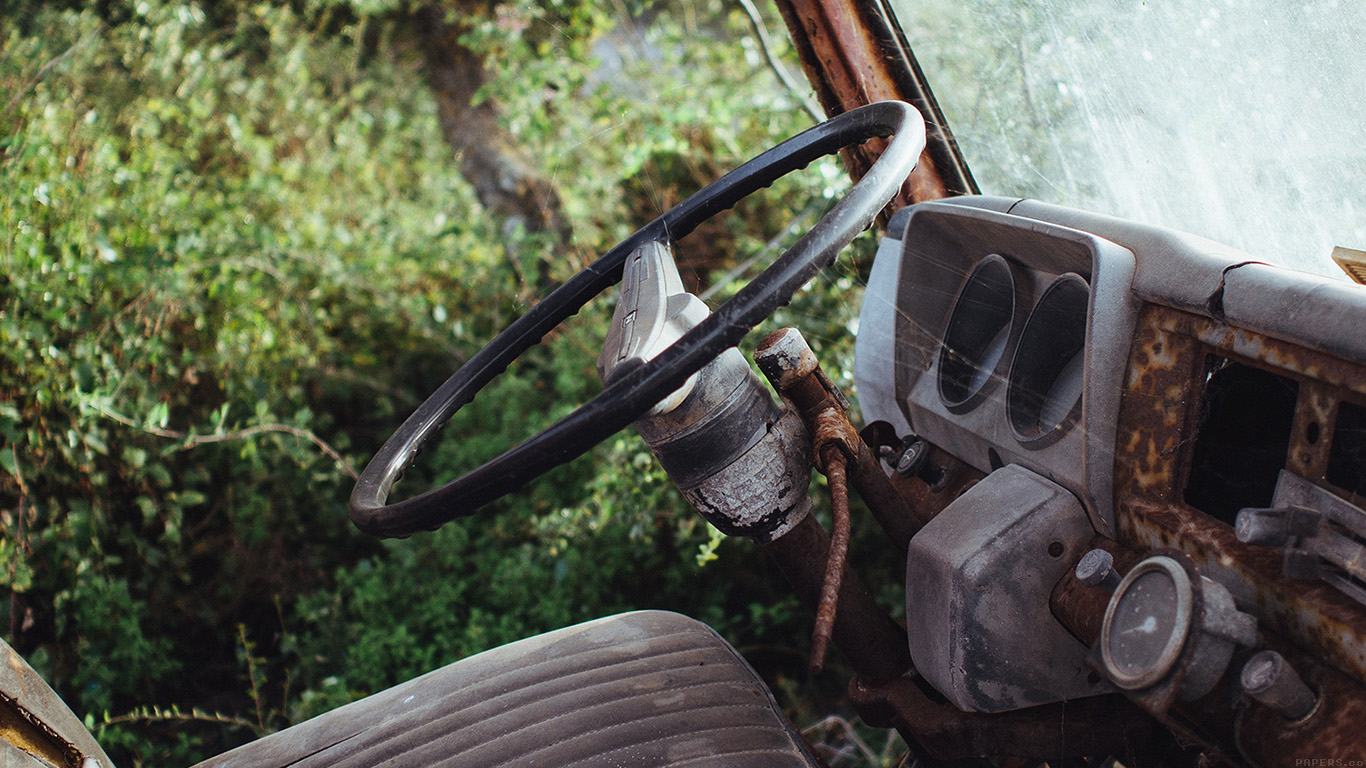 desktop-wallpaper-laptop-mac-macbook-airmo65-old-car-forest-vintage-nature-carl-kadysz-wallpaper