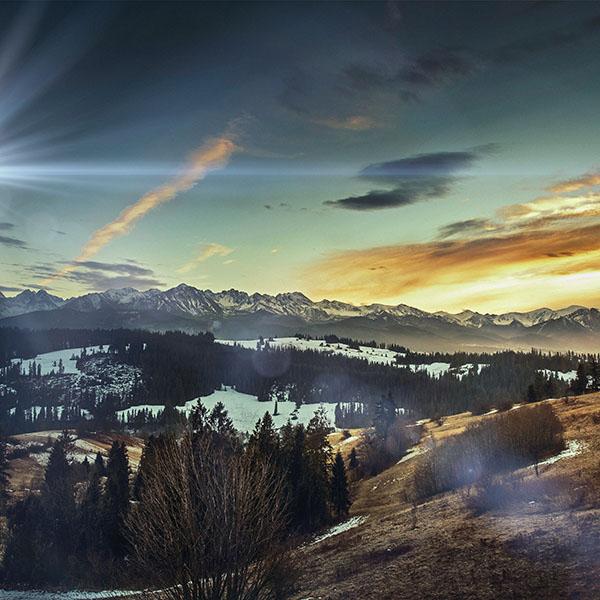 iPapers.co-Apple-iPhone-iPad-Macbook-iMac-wallpaper-mo95-fall-mountain-nature-sky-tomasz-paciorek-flare-sun-wallpaper