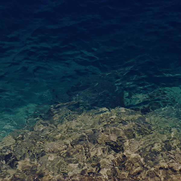 iPapers.co-Apple-iPhone-iPad-Macbook-iMac-wallpaper-mo97-water-texture-dark-summer-wave-nature-sea-wallpaper