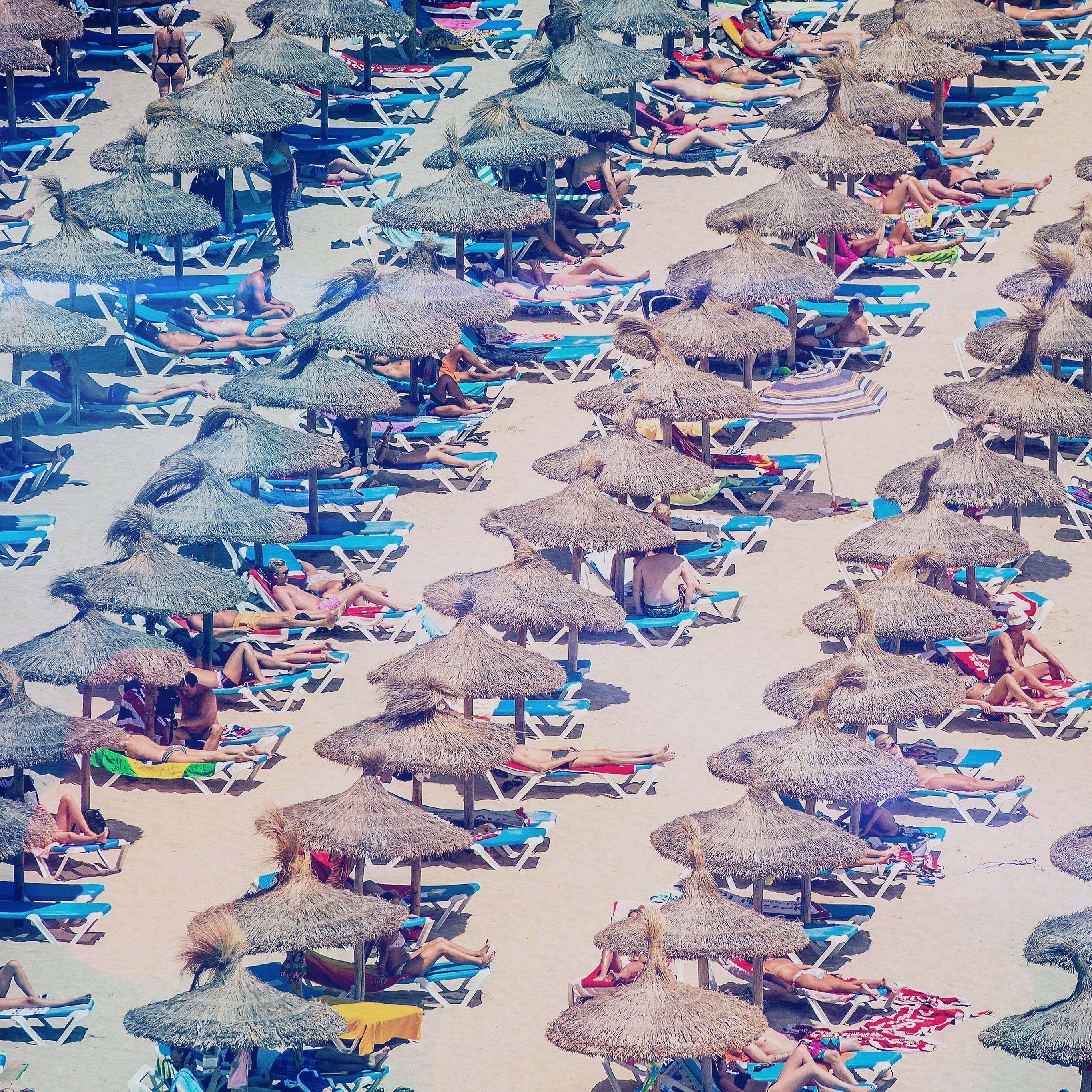 Mp07 Spain Beach People Nature Blue Sea Summer Wallpaper