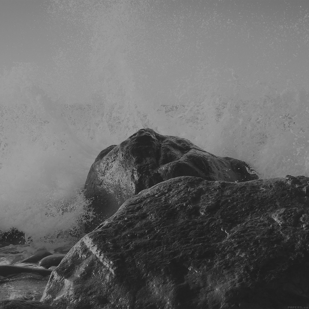 android-wallpaper-mp66-justin-leibow-sea-wave-rock-beach-black-bw-nature-wallpaper